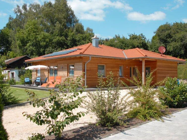 Vacation home Haus Baumeister  in Falkenberg - Taufkirchen, Bav. Forest/ Lower, location de vacances à Tuessling