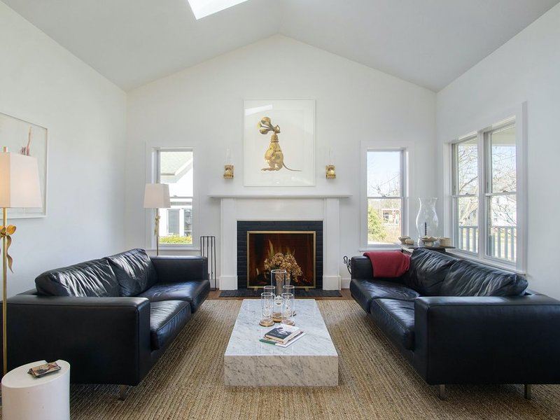 Dog-friendly, contemporary home w/ a private, heated pool - walk to the river!, holiday rental in Douglas
