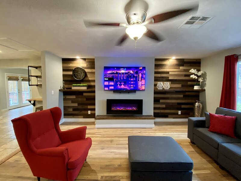 Relaxed Downtown Home located right off of Historic Park Ave!, casa vacanza a Skull Valley