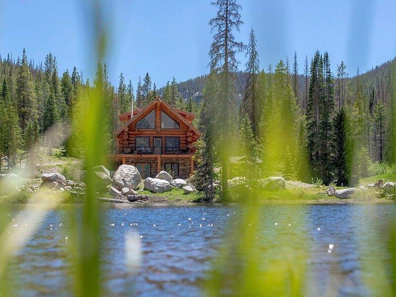 Elk Creek Lodge vacation home and Summer Wedding Venue, alquiler de vacaciones en Pitkin