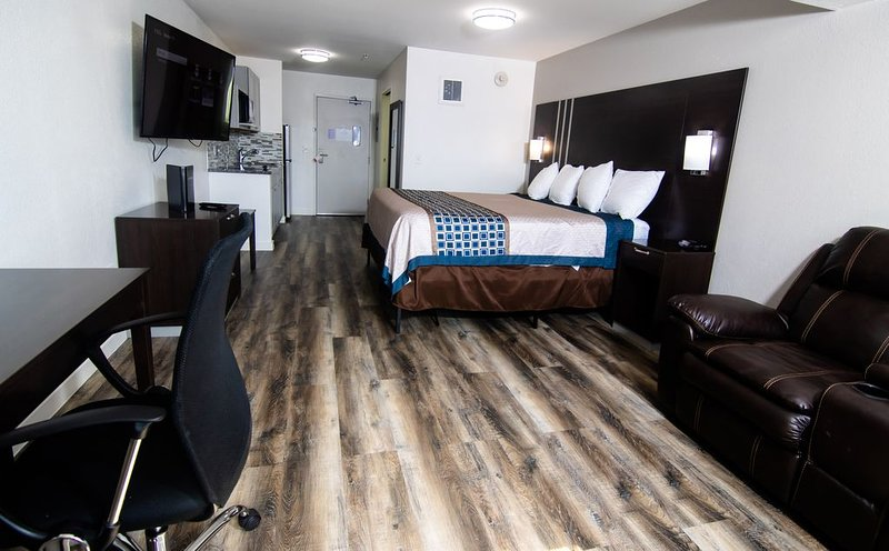 Coratel IGH - Deluxe 1 King Suite NS, casa vacanza a Hastings
