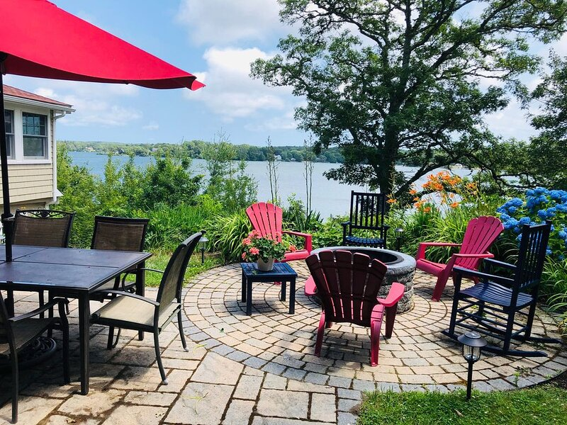 Great Herring Pond - Waterfront with private dock near Cape Cod Canal, vacation rental in Sagamore Beach
