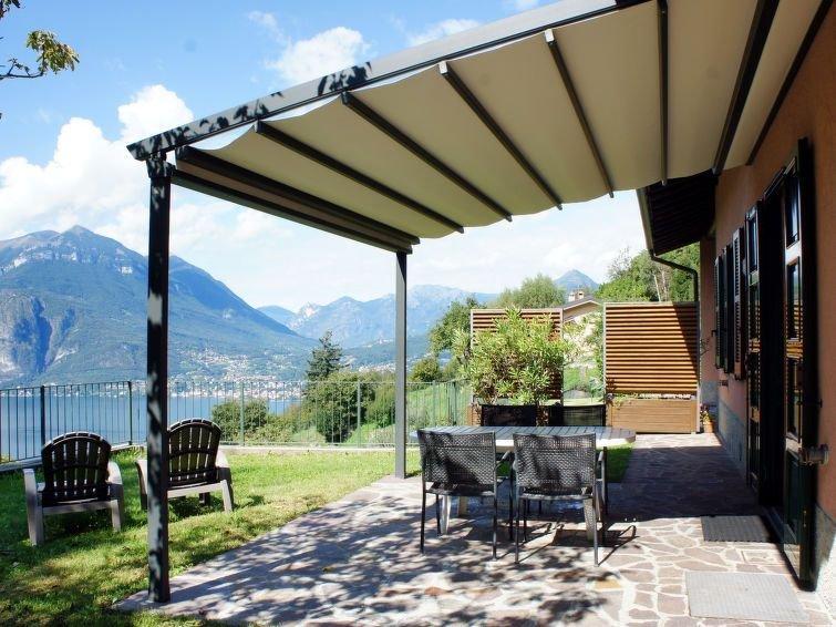 Vacation home Casa Ronco  in Perledo/Fraz.Bologna (LC), Lake Como - 4 persons,, Ferienwohnung in Regoledo