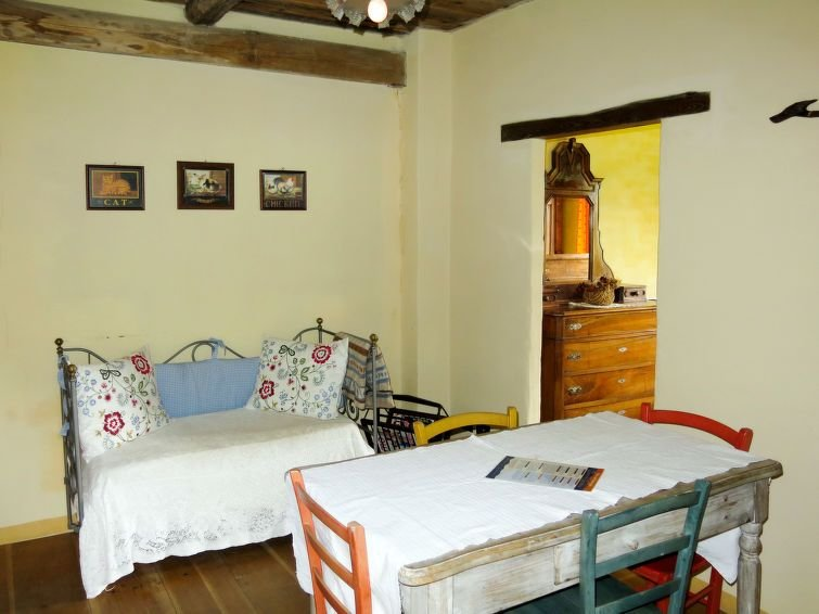 Ferienhaus Cascina Barroero (CGM104) in Cortemilia - 18 Personen, 6 Schlafzimmer, vacation rental in Borgomale