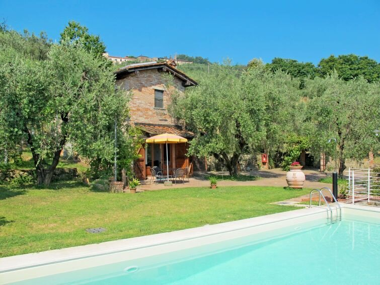 Ferienhaus Le Camelie (MTM165) in Montecatini Terme - 8 Personen, 4 Schlafzimmer, vacation rental in Pieve a Nievole
