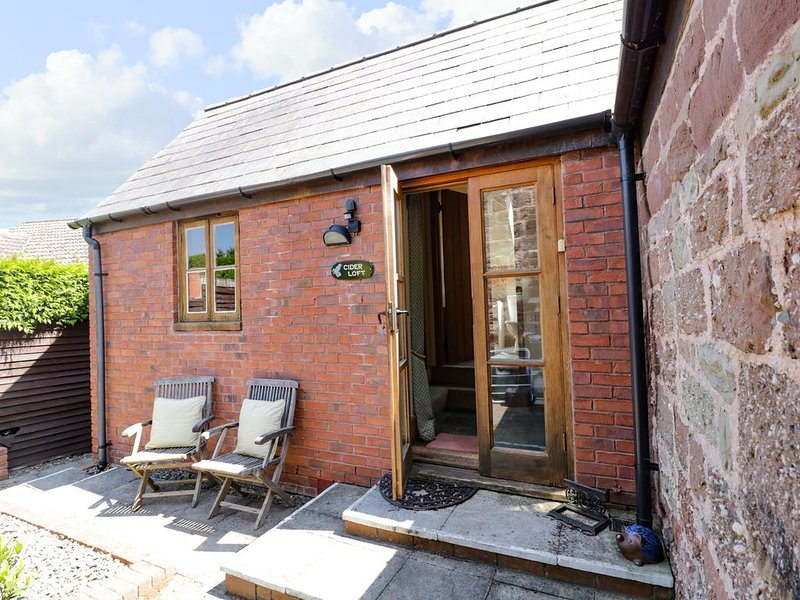 The Cider Loft, WHITCHURCH, HEREFORDSHIRE, holiday rental in Welsh Newton