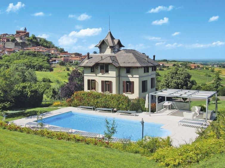 Ferienhaus Villa Sarezzano (SAZ100) in Sarezzano - 10 Personen, 4 Schlafzimmer, vakantiewoning in Sarezzano