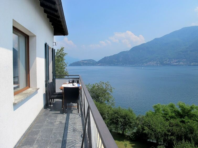 Apartment in Cremia (CO), Lake Como - 5 persons, 3 bedrooms, aluguéis de temporada em Vestreno