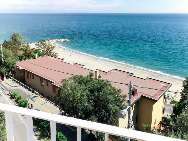 Ferienhaus Giorgia (BGB100) in Bergeggi - 7 Personen, 2 Schlafzimmer, vacation rental in Torre del Mare