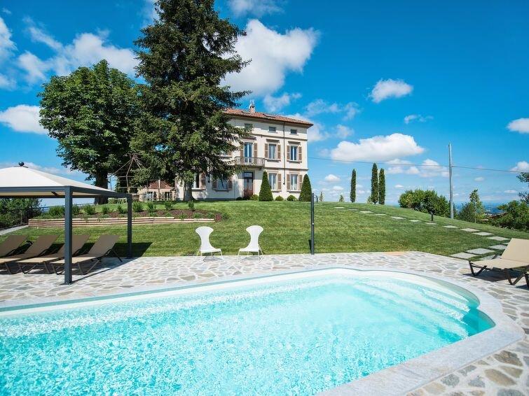 Ferienhaus Villa Loreto (COI300) in Costigliole d'Asti - 12 Personen, 4 Schlafzi, holiday rental in Balbi