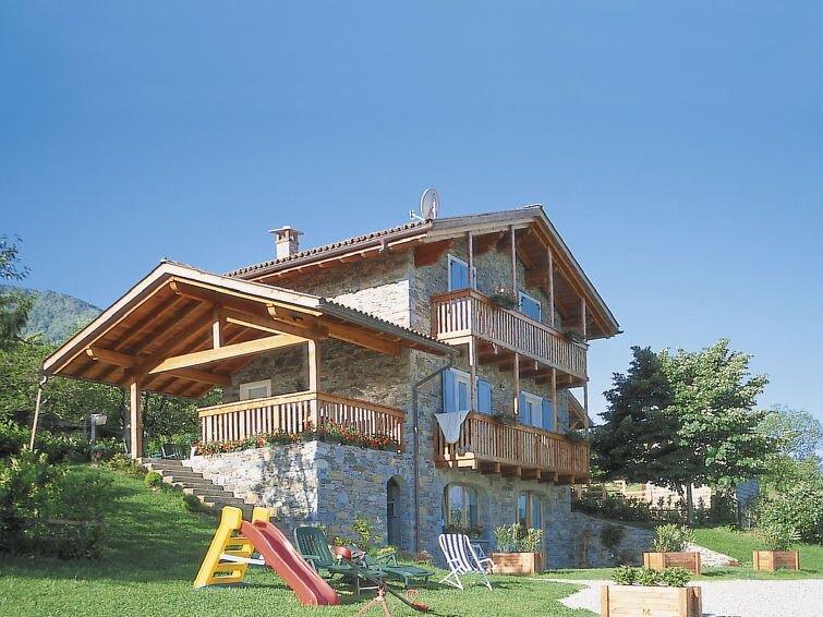 Ferienhaus Camilla (CCO252) in Colico - 12 Personen, 4 Schlafzimmer – semesterbostad i Colico