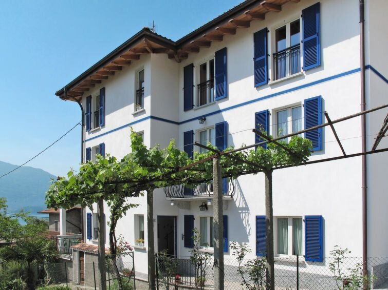 Ferienwohnung Elisabetta (GLA116) in Gera Lario - 4 Personen, 2 Schlafzimmer, location de vacances à Trezzone