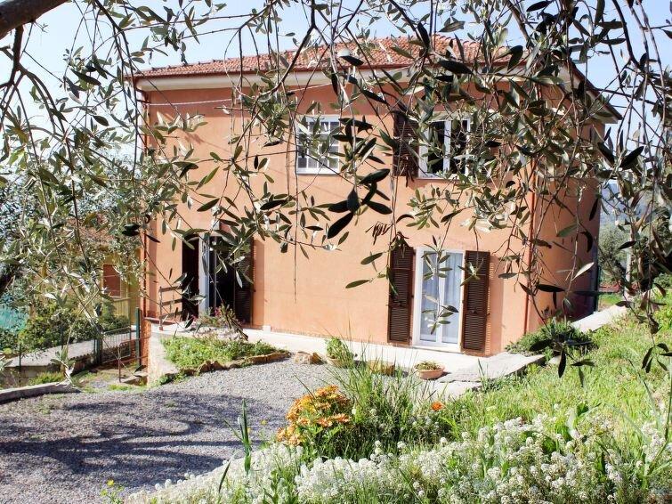 Ferienhaus Ca' del Sole (CIV195) in Civezza - 10 Personen, 4 Schlafzimmer, vacation rental in Torrazza