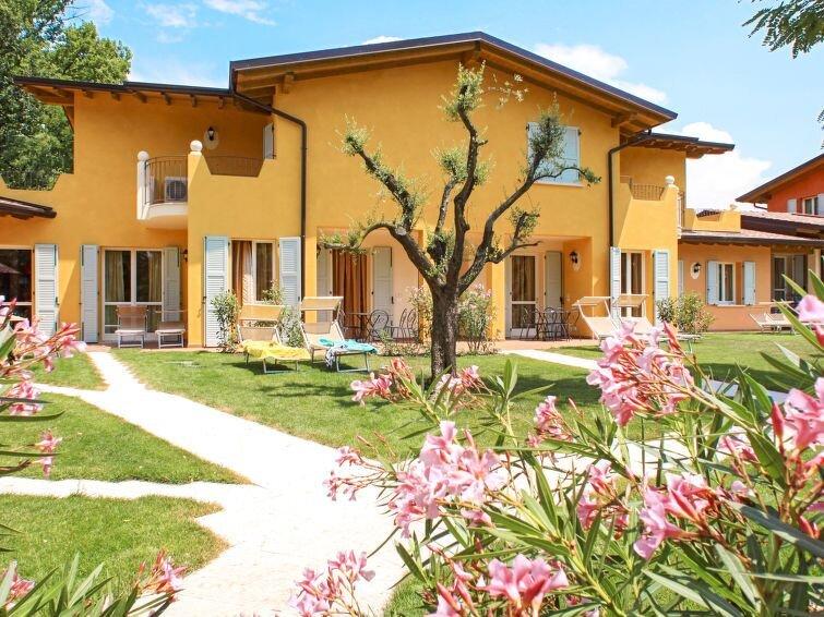 Ferienwohnung Il Ruscello (MAN142) in Manerba - 6 Personen, 2 Schlafzimmer, vacation rental in Soiano Del Lago