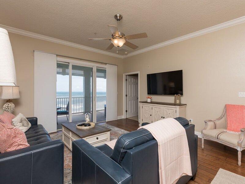 DIRECT OCEANFRONT 5TH FLOOR VIEWS TO DIE FOR!! CINNAMON BEACH 653!!, aluguéis de temporada em Palm Coast