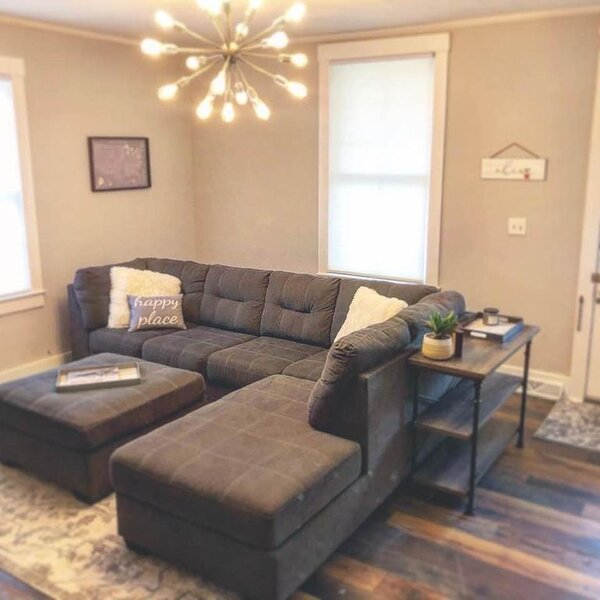 Fully Remodeled ground level unit in Historic District!, holiday rental in Liberty Township