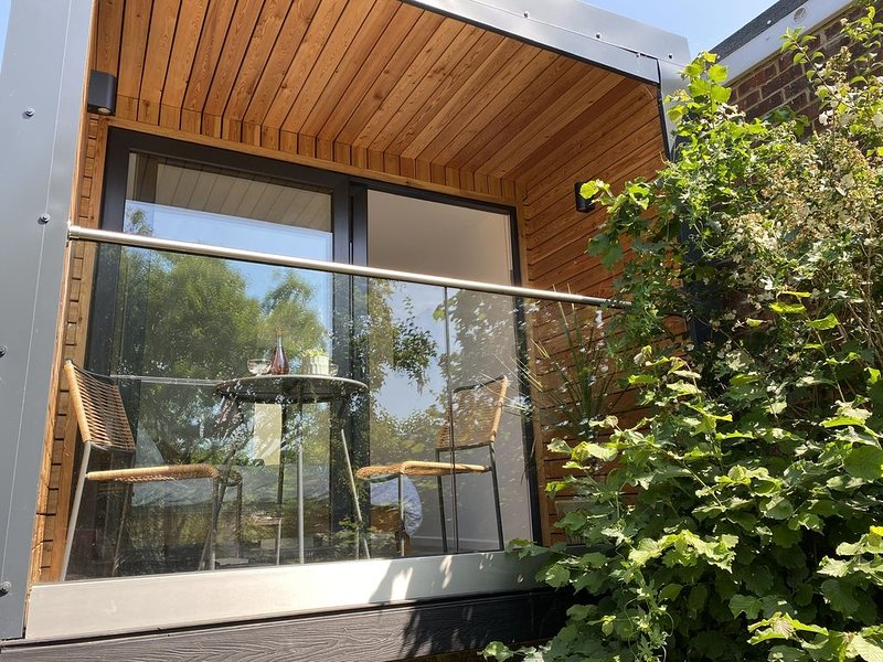 Self contained cabin, vacation rental in Ditchling
