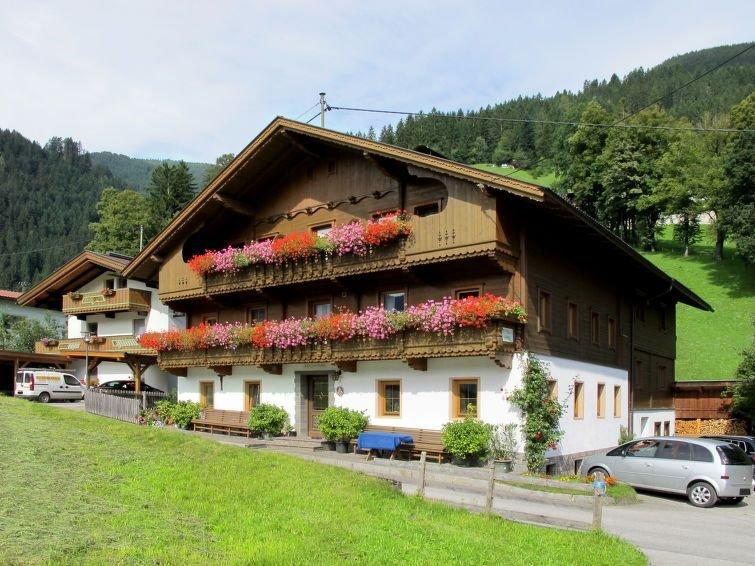 Apartment Ferienwohnung Schusterhäusl  in Schwendau, Zillertal - 5 persons, 2 b, alquiler vacacional en Hippach