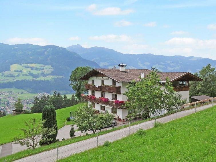 Ferienwohnung Moidl (SUZ251) in Stumm im Zillertal - 3 Personen, 1 Schlafzimmer, holiday rental in Stummerberg
