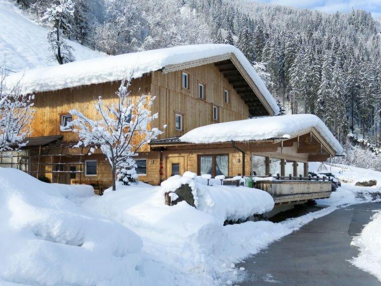 Ferienhaus Talbach (MHO778) in Mayrhofen - 20 Personen, 10 Schlafzimmer, aluguéis de temporada em Zell im Zillertal