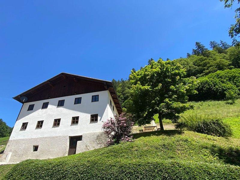 250 year old farmhouse, small mountain village, Tyrol, Zugspitzarena, Austria – semesterbostad i Plansee