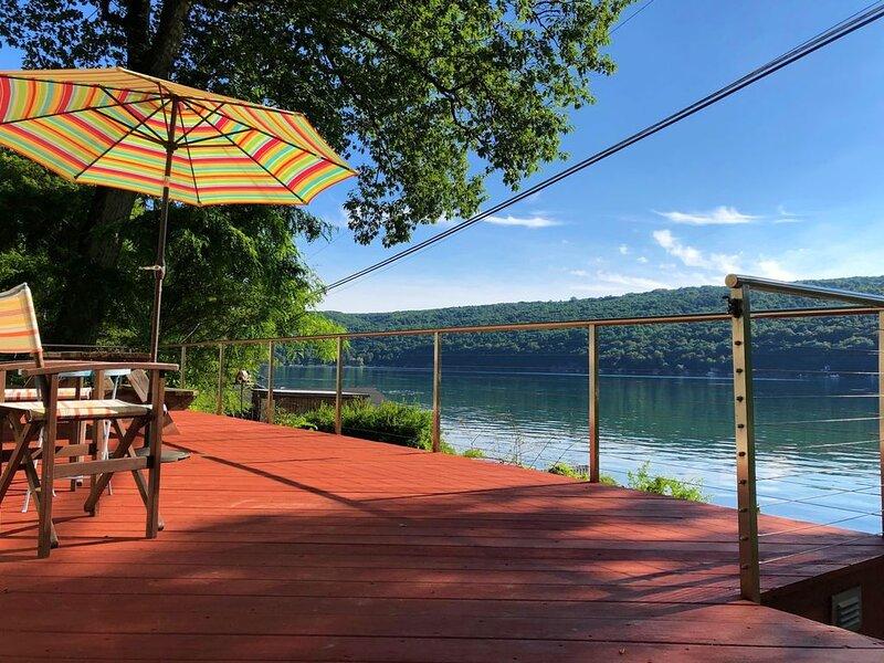 Skaneateles Lakefront Getaway, alquiler vacacional en McGraw