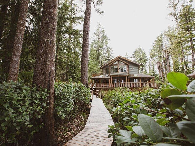 CedarView House, Tofino B.C., vacation rental in Tofino