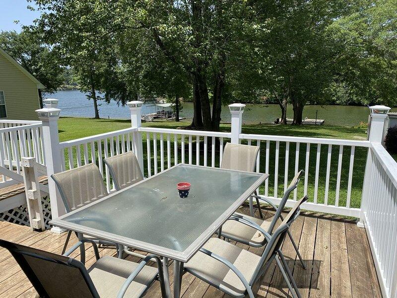 Lake Bowen Retreat, holiday rental in Roebuck