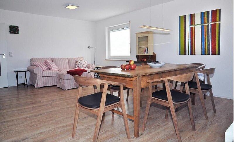 Modernes Ferienhaus 'Avila' in der Nähe des Sees mit WLAN, Terrasse und Garten;, casa vacanza a Überlingen