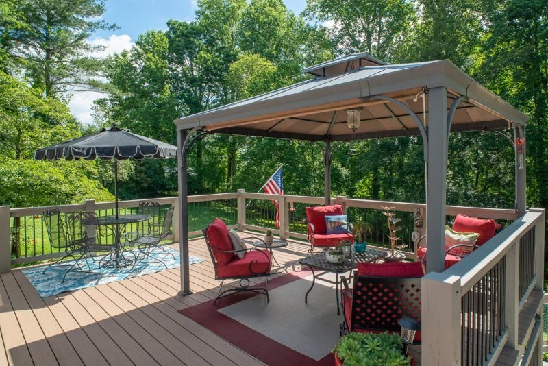Private Downtown Castle, holiday rental in Balsam Grove