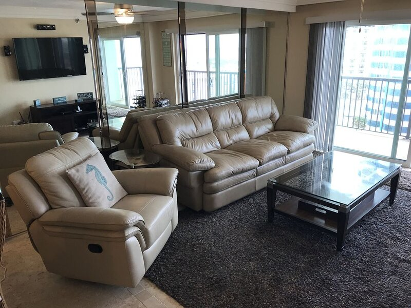 Ocean and Inter-Coastal Views - Penthouse Unit, holiday rental in Daytona Beach Shores