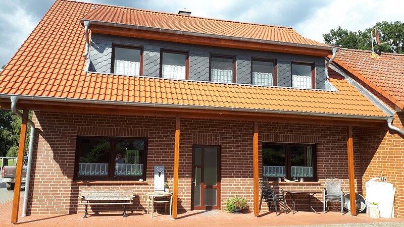 Ferienwohnung am Wildgehege mit Jagdmöglichkeit, location de vacances à Schwarmstedt