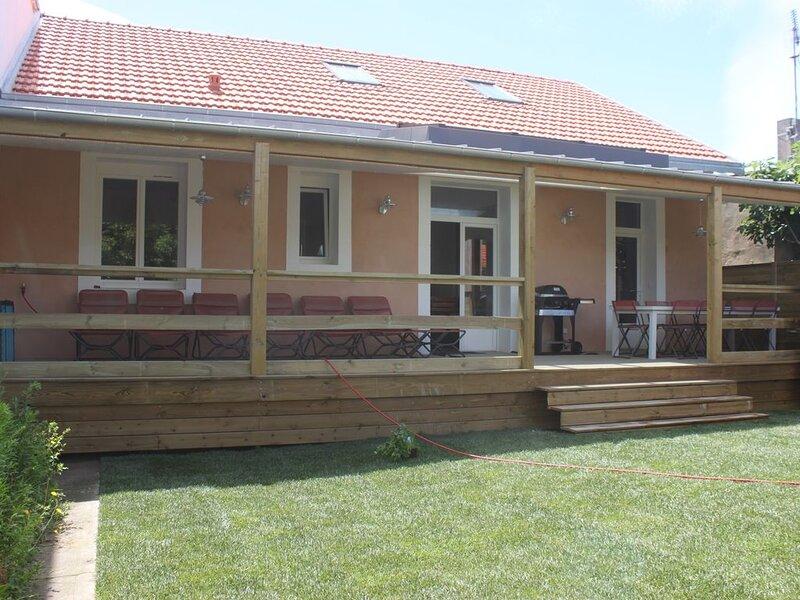 Maison à 5mn de la mer, holiday rental in Saint Vivien