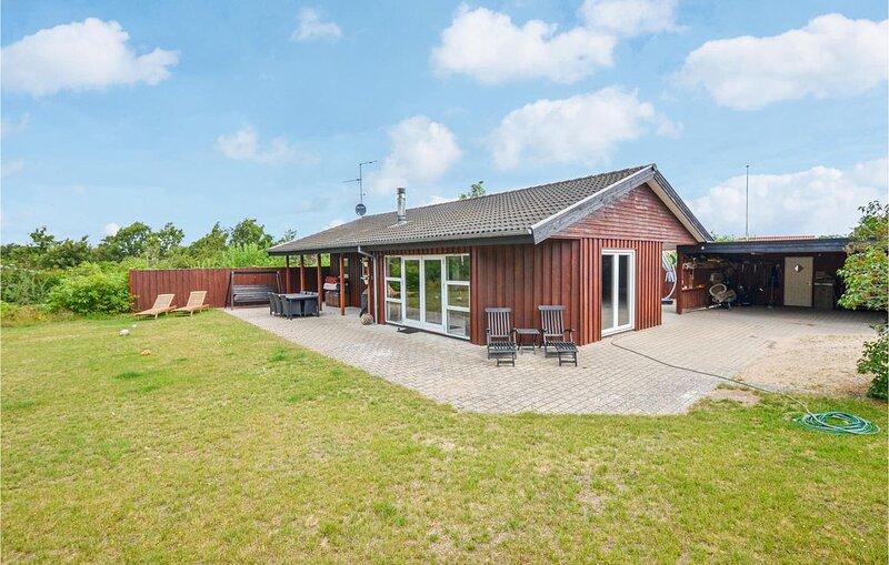 4 Zimmer Unterkunft in Glesborg, holiday rental in Grenaa