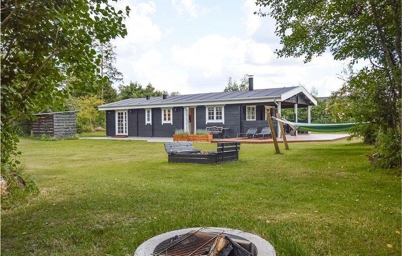 3 Zimmer Unterkunft in Højby, holiday rental in Hoensinge
