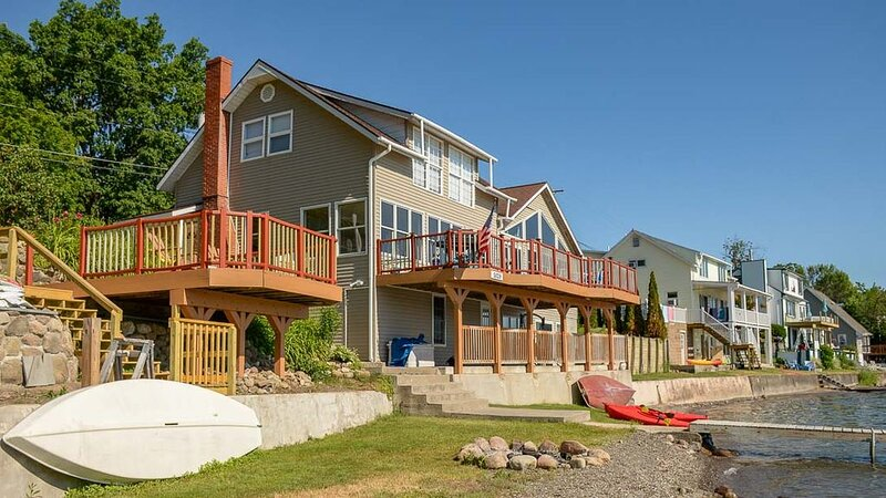 Steps to the Beach : 'Family Friendly Retreat', alquiler vacacional en Lakeville