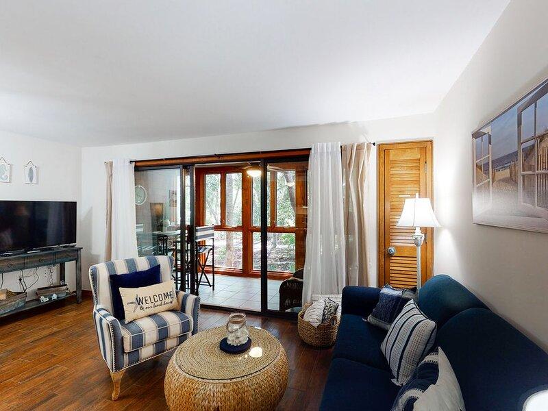 First-floor Seascape villa with easy beach access - tennis, golf, & more nearby!, alquiler de vacaciones en Kiawah Island