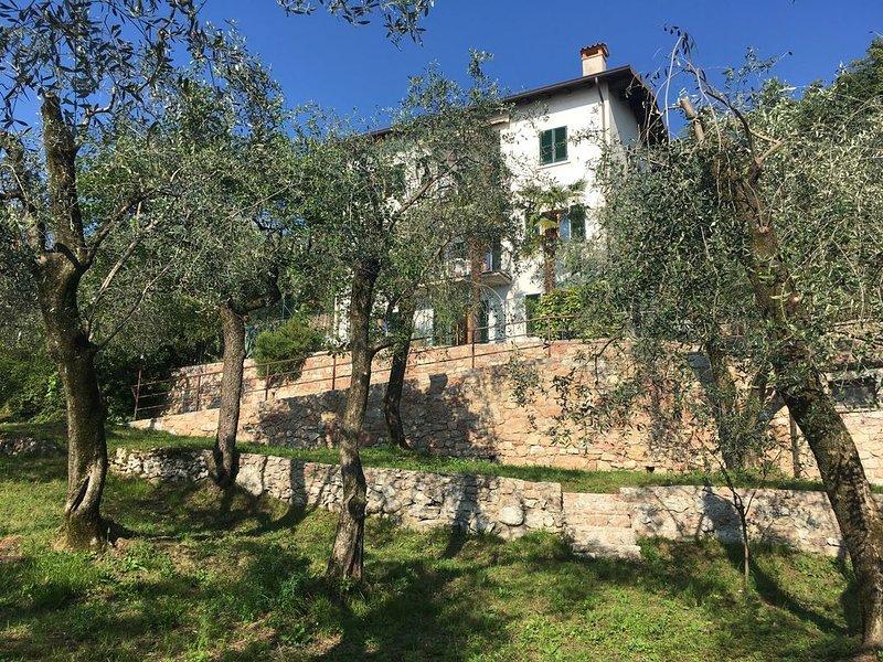 Ferienhaus La Pianta, befindet sich in ruhigen Lage, nur 150 Meter vom See – semesterbostad i Brenzone sul Garda