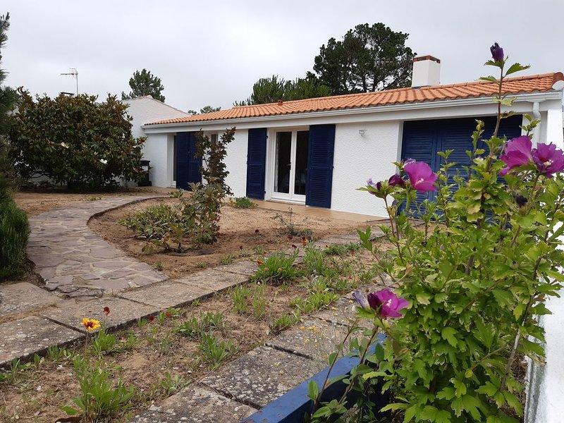 Maison avec jardin à proximité de la plage, holiday rental in La Tranche sur Mer