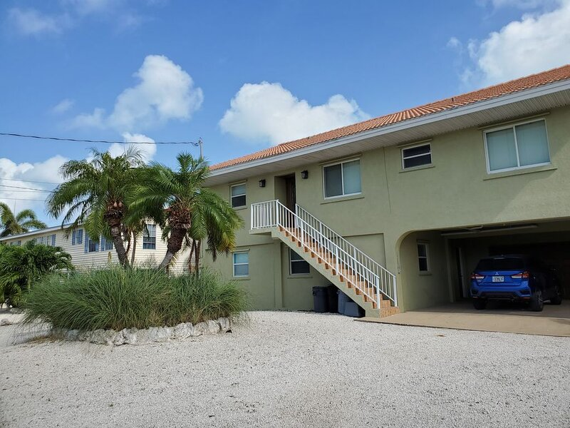 Slice of Paradise,  Beautiful home on a canal. 3 bedrooms and 2 bathrooms., holiday rental in Grassy Key