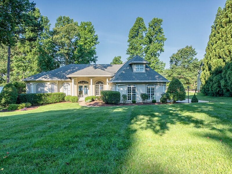 Welcome to Villa Capri! Gorgeous ranch style home on Lake Norman!