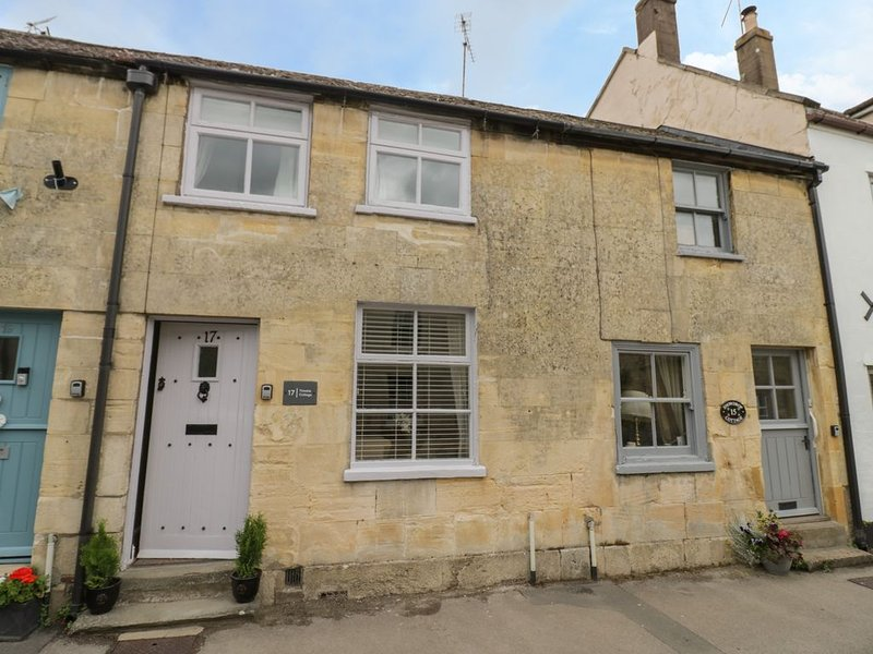 Thimble Cottage, WINCHCOMBE, holiday rental in Little Washbourne