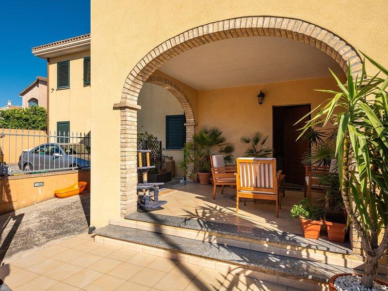 Gemütliches Ferienhaus 'Casa Rebecca' mit WLAN & Terrasse; Parkplätze vorhanden,, location de vacances à Dolianova