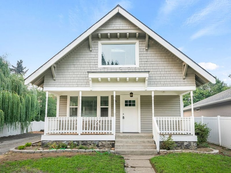 Classic Craftsman style in the Heart of the Perry District