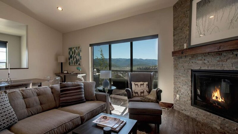 Spacious Luxury 3 Bedroom Townhome located at Black Rock Ridge Click to save up, location de vacances à Peoa