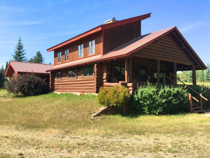 Glacier Ranch ~ Minutes from Glacier National Park, casa vacanza a Coram