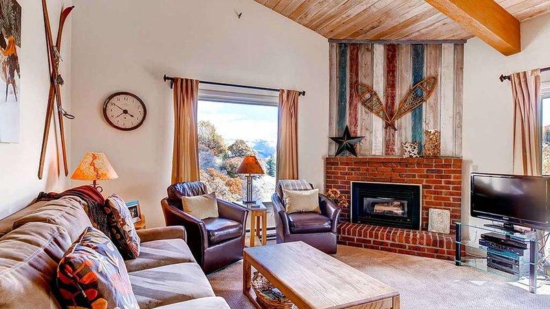 Click to Save 25% Woodbridge 2BD+ loft / 2BA Condo, location de vacances à Snowmass Village