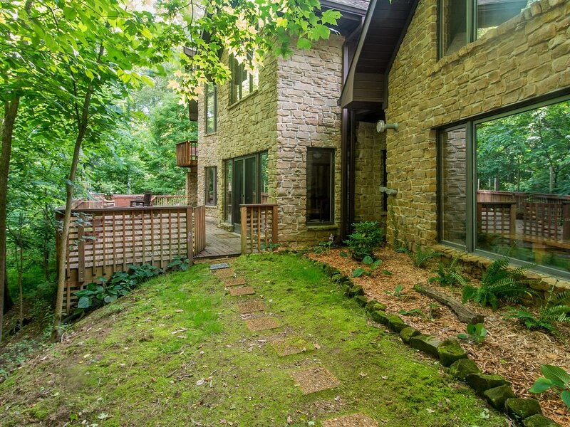 Stonehaven Vacation Home, vacation rental in Morgantown