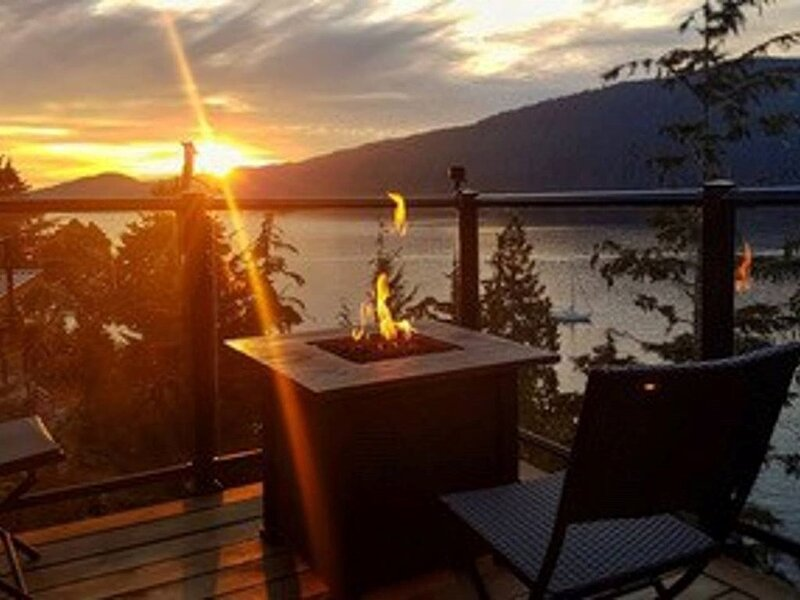 Come and relax at our cottage on the West Coast of Vancouver Island