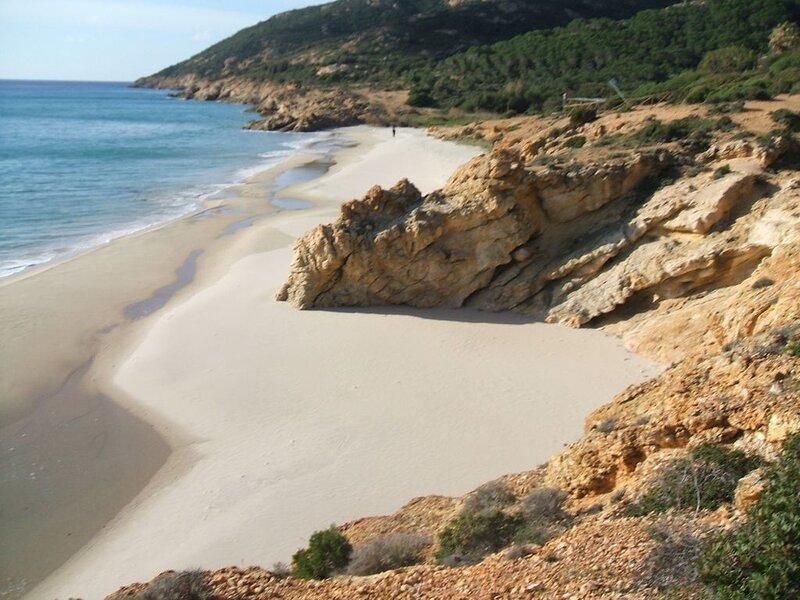 appartamento sole e mare o meglio sul mare, holiday rental in Eden Rock